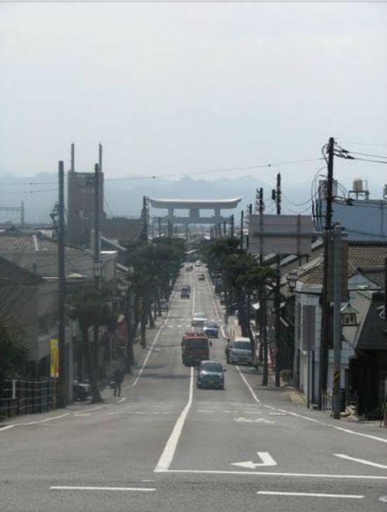 Approaching Izumo-taisha, by 'aomasa'