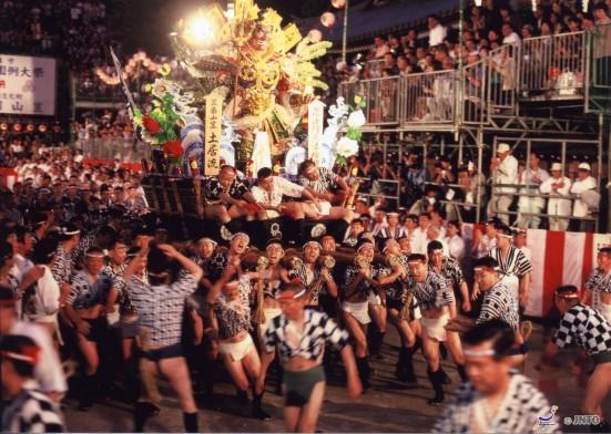 Hakata Gion Yamakasa Festival ©JNTO