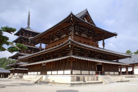 Horyuji (法隆寺)