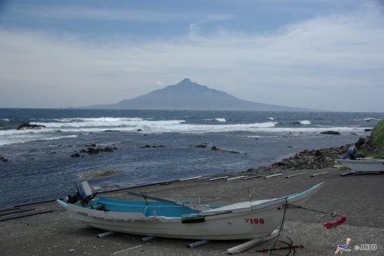 Mount Rishiri © Yasufumi Nishi/© JNTO