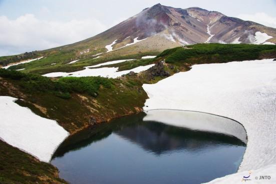 Mountain Asahidake, Hokkaido ©Yasufumi Nishi/© JNTO