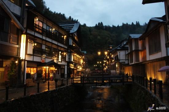 Ginzan Hot Springs ©Daisuke Yatsui/©JNTO
