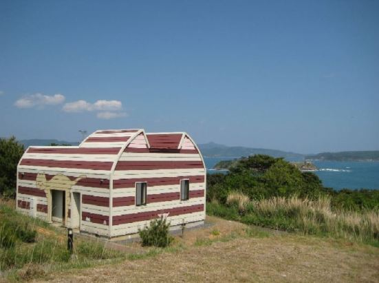Cat shaped building on Tashirojima