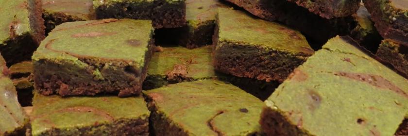 Matcha Cheesecake Swirl Brownie Bites