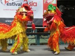 Guan Yin Lion (Double Lion Dance)
