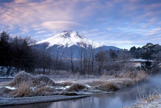 Mt. Fuji and Katsuragawa River © T.Satoh/© JNTO
