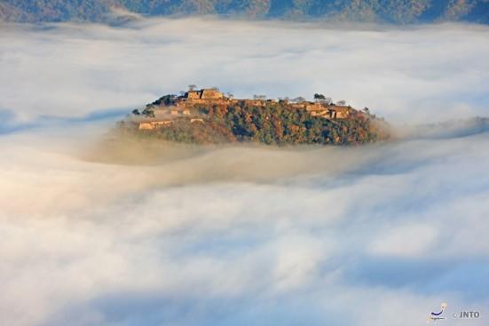 Takeda Castle Ruins ©Toshihisa Yoshida/©JNTO