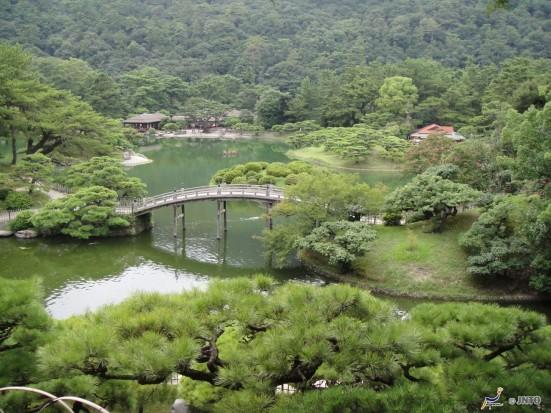 Ritsurin Garden ©Tourism Shikoku/©JNTO